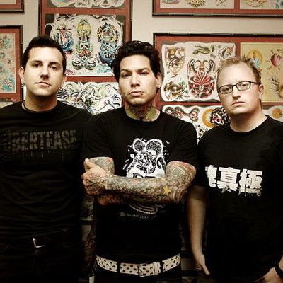An introduction to the performance of a christian pop punk band mxpx